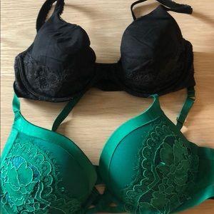 Victoria's Secret bundle bras 32D